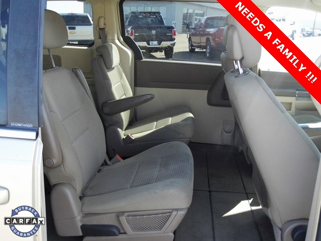 Pre-Owned 2010 Chrysler Town & Country LX